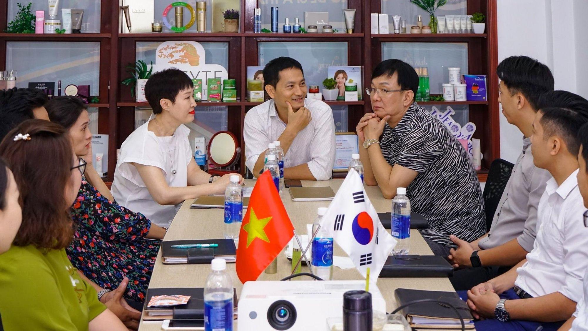 hợp tác đào tạo nước ngoài